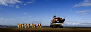 Hoylake crew with the Mersey class lifeboat Lady of Hilbre
