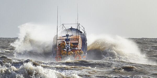 Aldeburgh Mersey class lifeboat ON 1193 Freddie Cooper 12-34 launching into NE gale 8. rough sea spray large waves