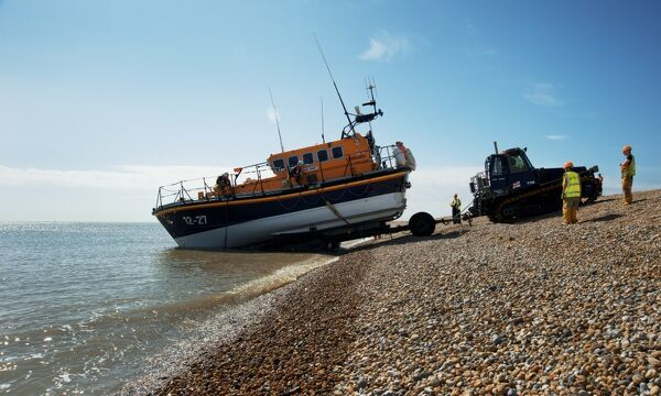 Dungeness mersey class lifeboat 12-27 Pride and Spirit being launched