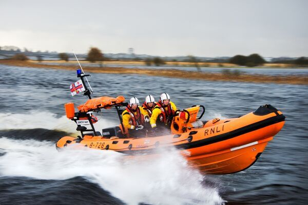 Lough Ree Atlantic 75 inshore lifeboat Dorothy Mary B-728 moving from left to right on exercise