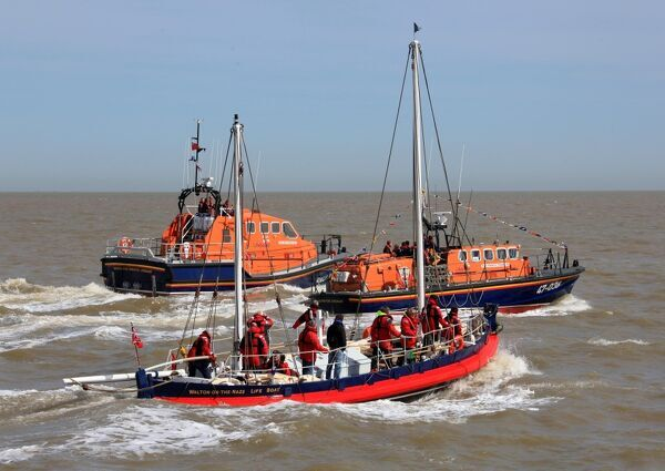 Walton and Frinton Tamar class lifeboat Irene Muriel Rees 16-19 arriving on station. Pictured with Tyne class lifeboat Kenneth Thelwell II 47-036
