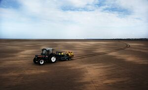 Launch tractor on the sands at Hoylake