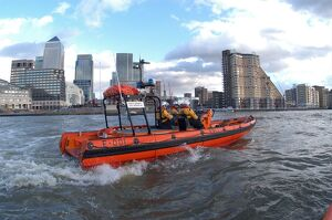 inshore lifeboats/tower pier e class lifeboat public servant civil